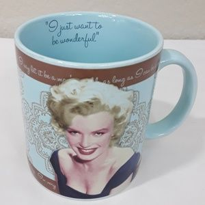 👄 Marilyn Monroe Mug
